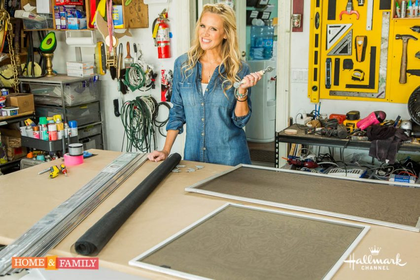 "Mark Steines and Debbie Matenopoulos welcome actress Barbara Niven from the new Hallmark Channel original series ""Chesapeake Shores."" Television host Larry King and his wife Shawn King show you how to make the perfect bed. Interior designer Cortney Novogratz creates a DIY color-coded chore chart. Madeline Fraser from Homee Interiors continues to help us redesign our home. Debbie makes a pineapple upsidedown cake. Kym Douglas and hairstylist Jennifer J show you the hottest fall hair trends. Fabio Viviani cooks a delicious chilled corn soup. Paige Hemmis shows you DIY screen repair. Dr. JJ Levenstein has important information about helping children learn responsibility for their own healthcare.  Credit:  Copyright 2016 Crown Media United States, LLC/Photographer:  jeremy lee/Alexx Henry Studios, LLC"