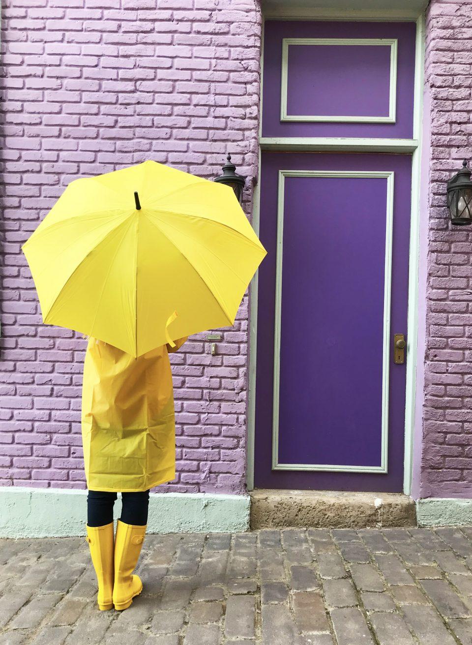 diy umbrella stand paige hemmis. Black Bedroom Furniture Sets. Home Design Ideas